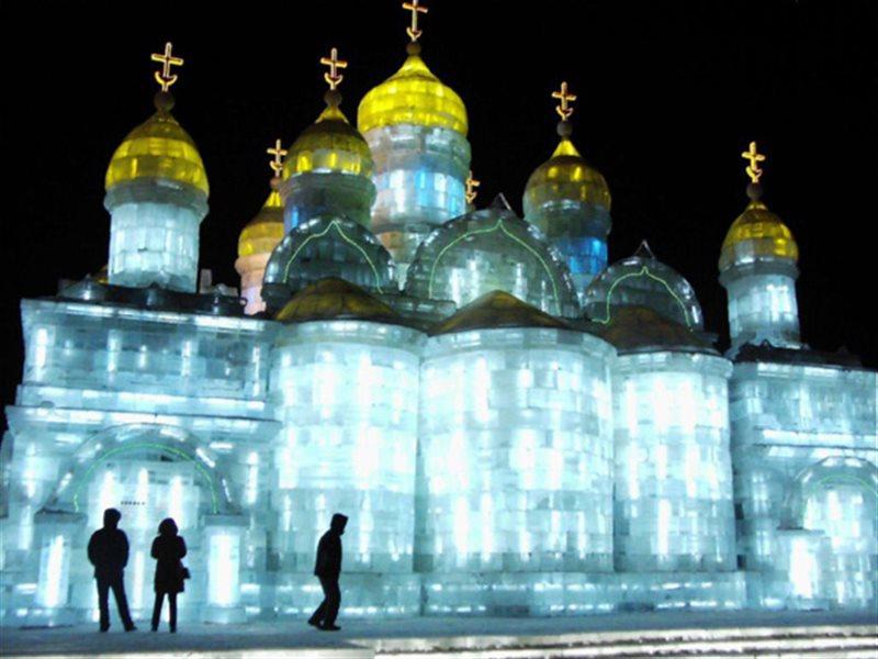جشنواره مجسمه های یخی در چین
