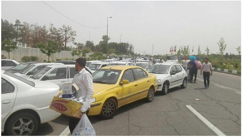 وضعیت ترافیک درب ورودی ورزشگاه آزادی