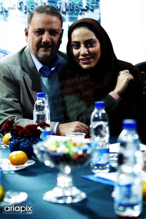 مونا فرجاد و پدرش,عکسهای مونا فرجاد و پدرش جلیل فرجاد