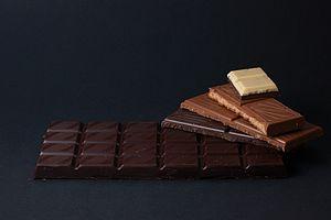 فواید شکلات تلخ برای پوست، لاغری و قلب – شکلات چند درصد بخوریم؟