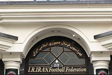 سرمربی تیم ملی قطعا ایرانی است