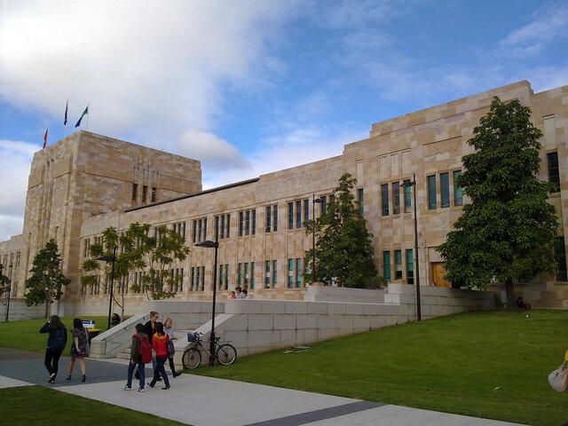 """درباره دانشگاه ۱۱۱ ساله """"کوئینزلند"""" بیشتر بدانیم"""