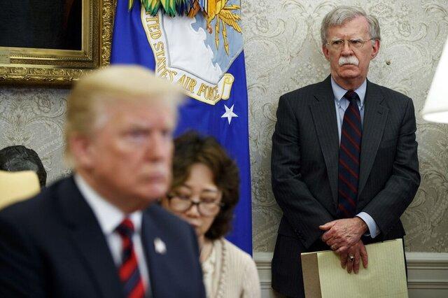 مقام آمریکایی: بولتون با دروغ گفتن به ترامپ در پی جنگ با ایران بود