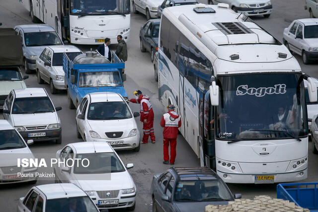 اتوبوسهای بین شهری در درون شهرها به کار گرفته میشوند/ سرویس ادارات دوباره برقرار میشود
