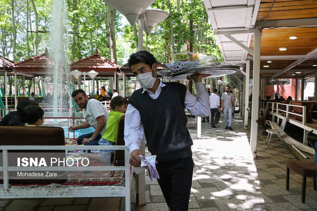 در رستورانها و کافههای تهران چه میگذرد؟
