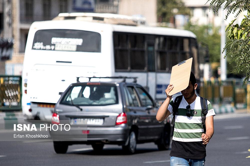 """""""ازن"""" هوای تهران را در شرایط ناسالم برای حساسها قرار داد"""