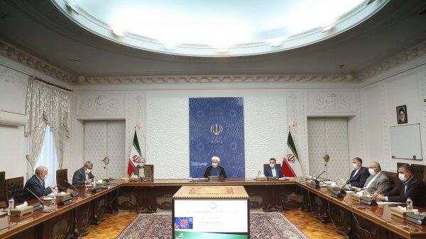 روحانی: برای گسترش سبک زندگی کرونایی باید اقناع جایگزین اجبار شود
