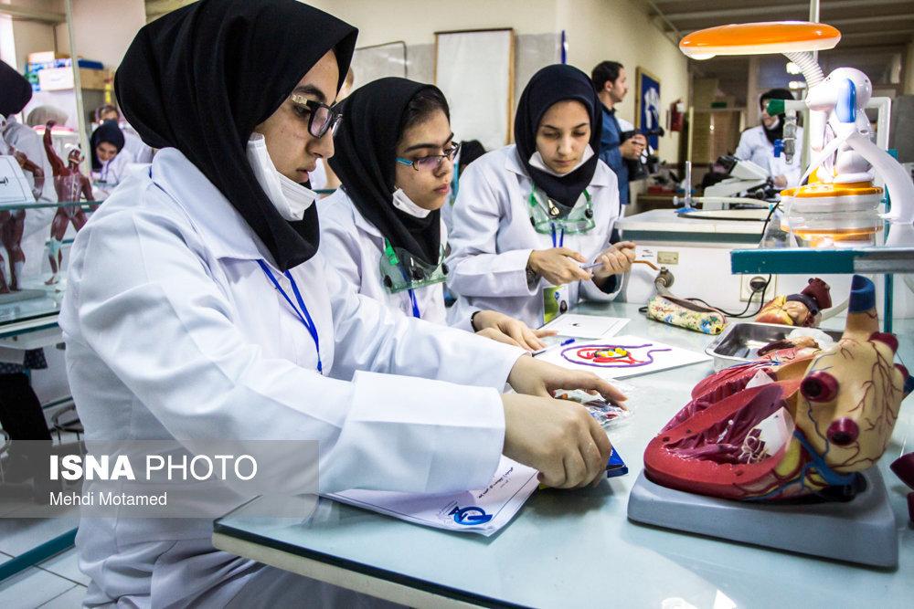 نحوه آموزش ترم آینده دانشگاههای علوم پزشکی اعلام شد/آغاز کلاسهای نودانشجویان از مهر