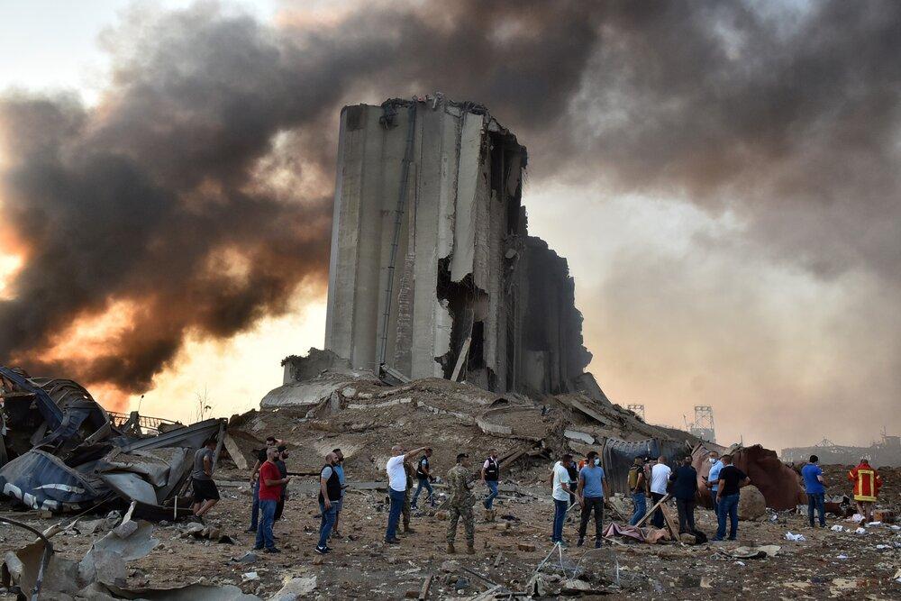 بیش از ۳۰ کشته و ۳۰۰۰ زخمی در پی انفجار بیروت