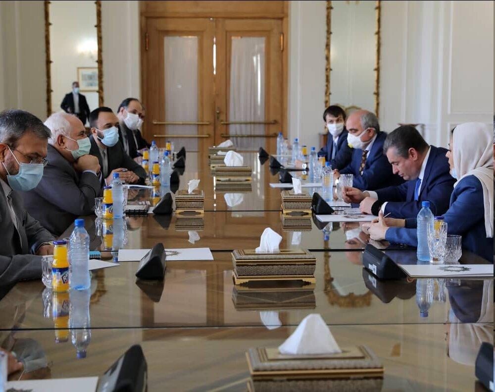 توئیتهای ظریف پس از گفتوگو با مقامات ارشد روسیه و امارات