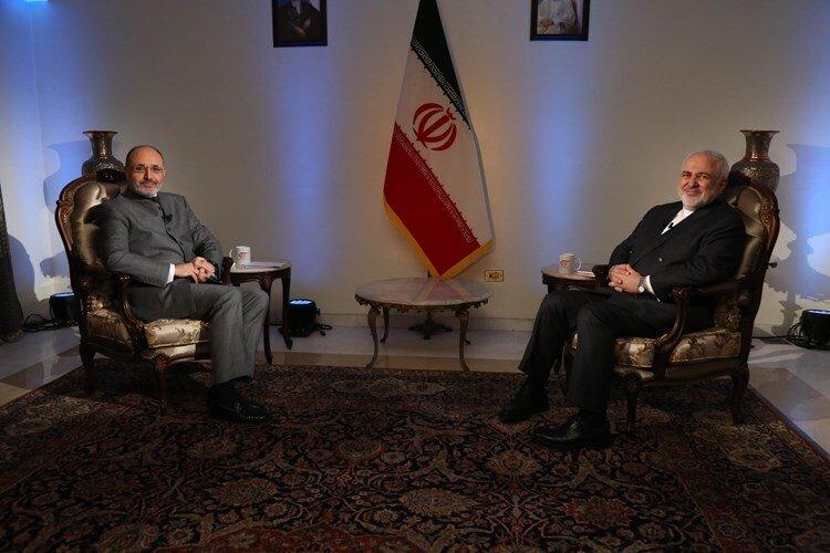 ظریف: ماکرون ناقل پیام ترامپ نبود/ به سعودیها پیشنهاد میکنم طرح صلح هرمز را بررسی کنند
