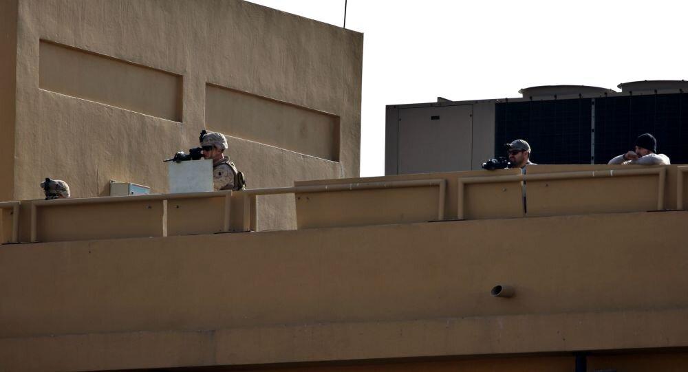 رویترز: آمریکا در حال تدارک برای خروج دیپلماتهایش از عراق است
