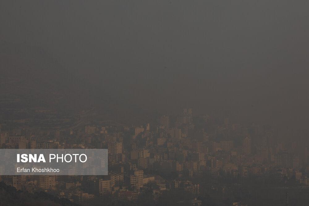 وضعیت آلودگی هوا خطرناک شده است/ برای کاهش ساعت کاری و تعطیلی اقدام شود