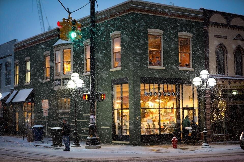 یک بام و چند هوای «زمستانه کتاب»