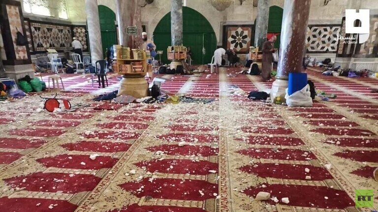عقبنشینی سربازان اشغالگر از مسجد الاقصی در پی درگیریهای امروز