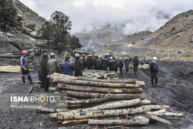 پیدا شدن جسد یکی از معدنچیان طزره/ مرگ معدنکاران در همان ساعات اولیه ریزش معدن
