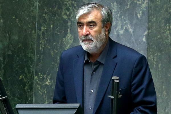 عزیزی: پروژه جاسک فرصت خوبی برای انتقال ظرفیتهای نفتی ایران را فراهم میکند