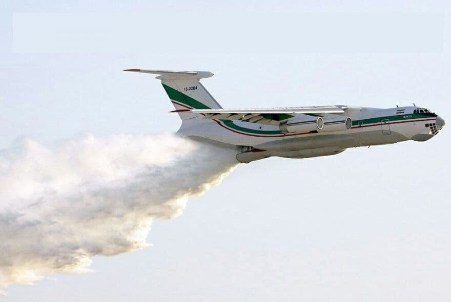 دریغ از یک هواپیمای آتش نشان برای اطفای جنگلهای زاگرس