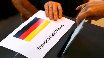 رای گیری انتخابات پارلمانی آلمان آغاز شد