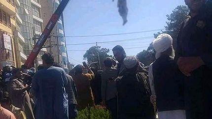 طالبان، ۴ متهم را حلقآویز کرد