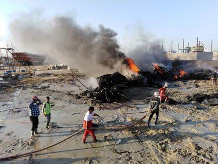 افراد ناشناس، نماد شهری لنج در بندرعباس را عمدا آتش زدند