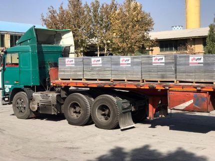 بارگیری اولین محموله محصولات صادراتی قطعات بتنی شهرداری ارومیه به اروپا