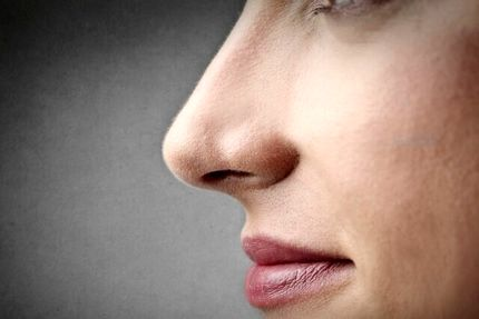 بازیابی حس بویایی مبتلایان به کووید ۱۹ با بوییدن روغنهای ضروری