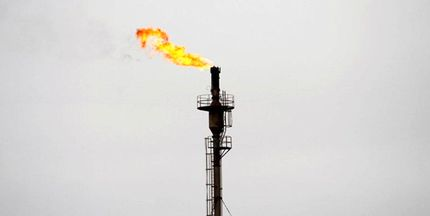 هدررفت ۶۵ میلیارد یورو گازهمراه در سال ۹۹/ تداوم انتشار ۷۰ میلیون تن گاز گلخانهای
